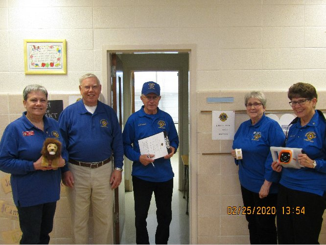 County Lions perform vision screenings Image
